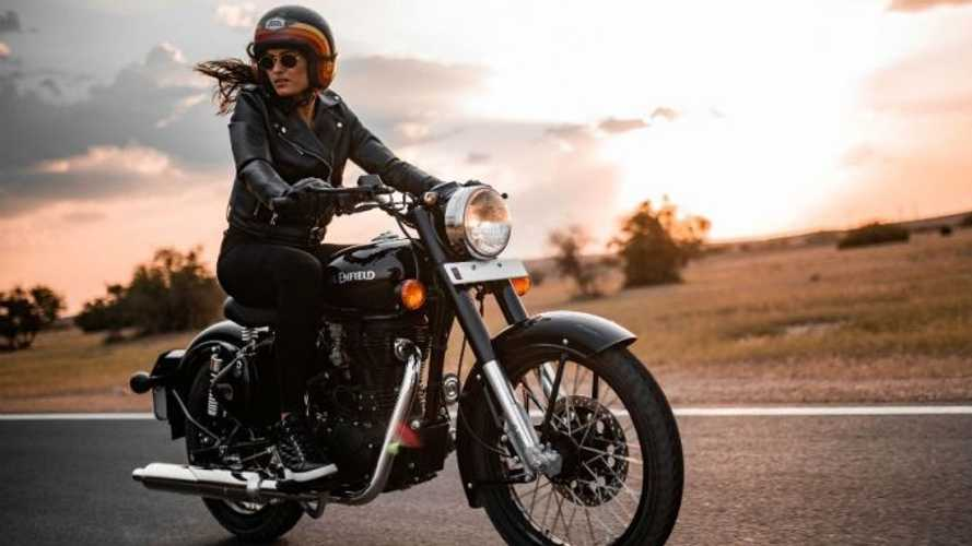 Royal Enfield Responds To Jawa Bobber With Blacked-Out Classic 350