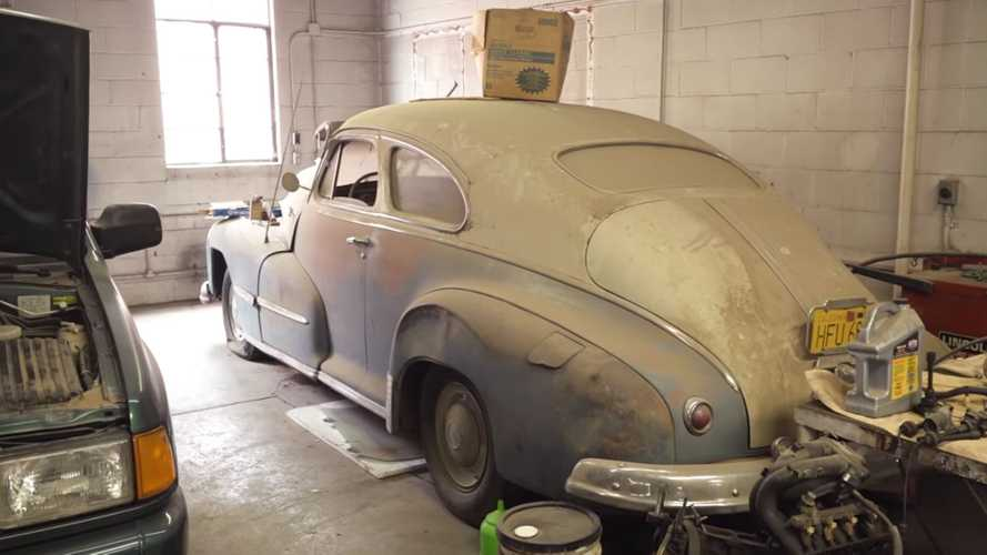 Rare, Loaded Pontiac Uncovered By Barn Find Hunter