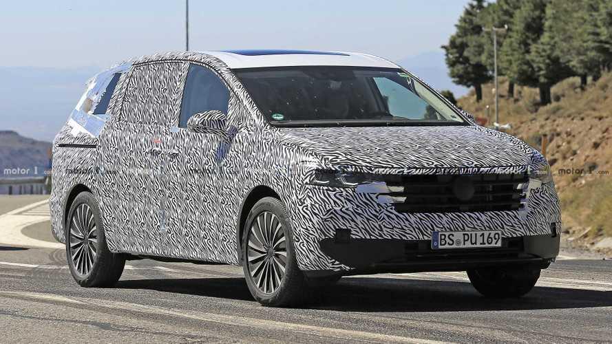 Flagra: VW terá minivan com cara de Touareg