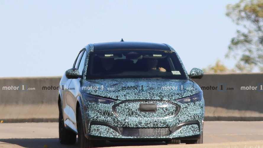 Ford-Elektro-SUV im Mustang-Stil fast ungetarnt erwischt