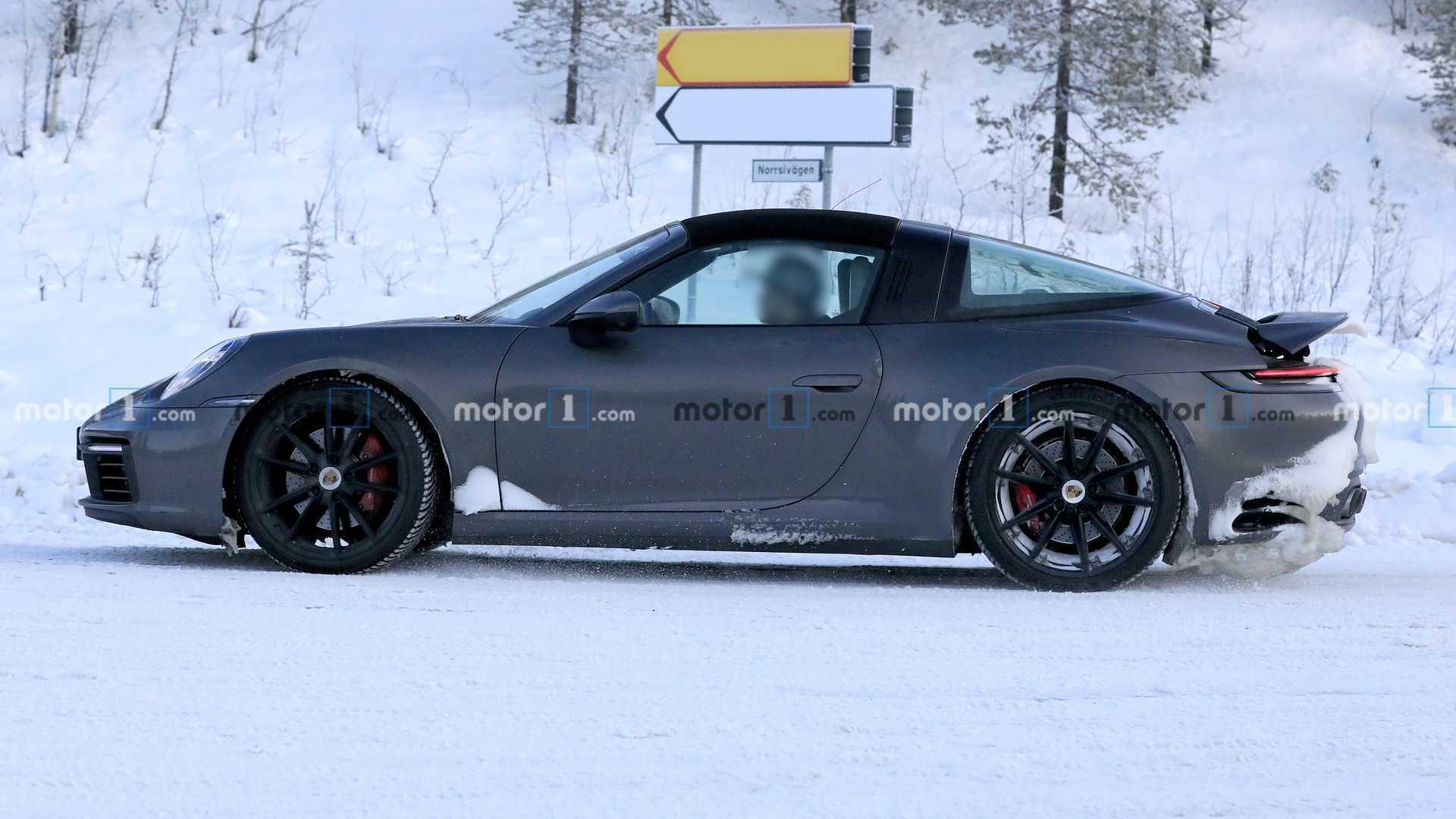 Porsche 911 Targa Spy Photos Porsche-911-targa-spy-photo