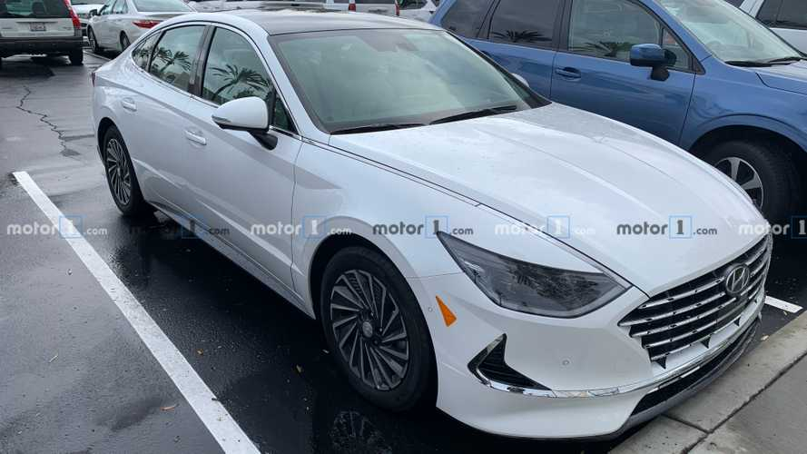 New Hyundai Sonata Hybrid Spotted In California