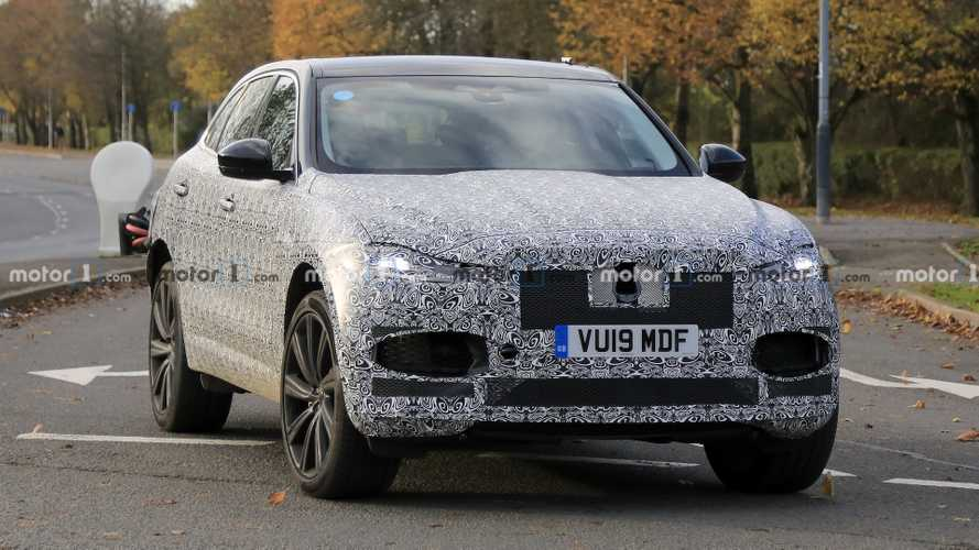 New Jaguar F-Pace facelift spy photos show more details