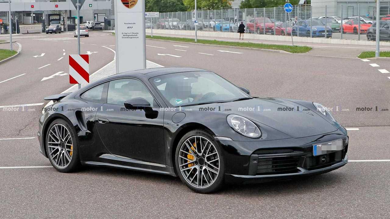 Porsche 911 Turbo kémfotó