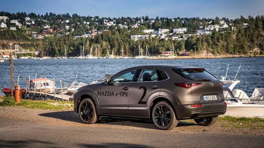 """Mazda, la """"giusta misura"""" dell'elettrico"""