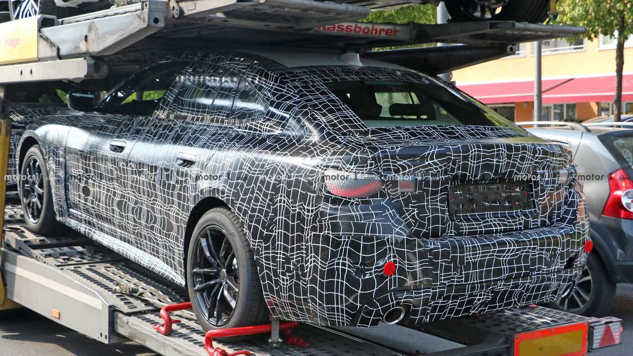BMW 4 Series Gran Coupe new spy photo