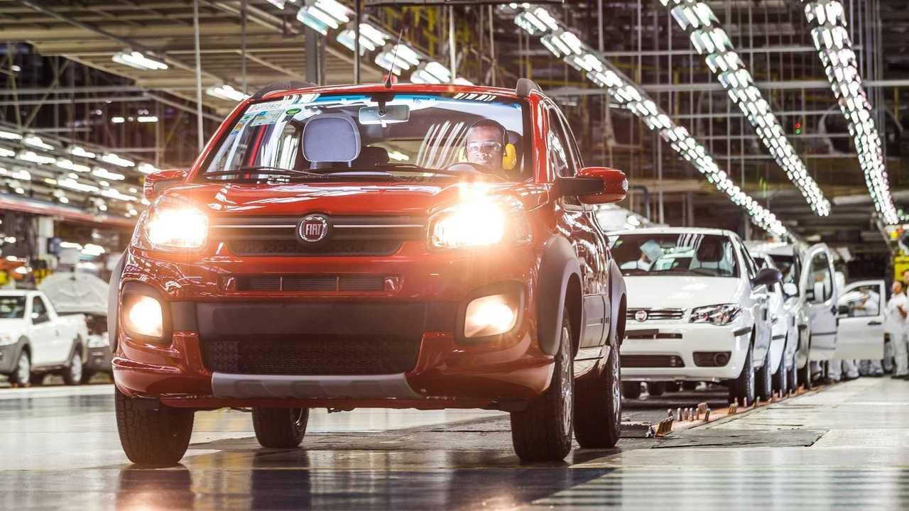 Fábrica da Fiat em Betim - Produção do Uno