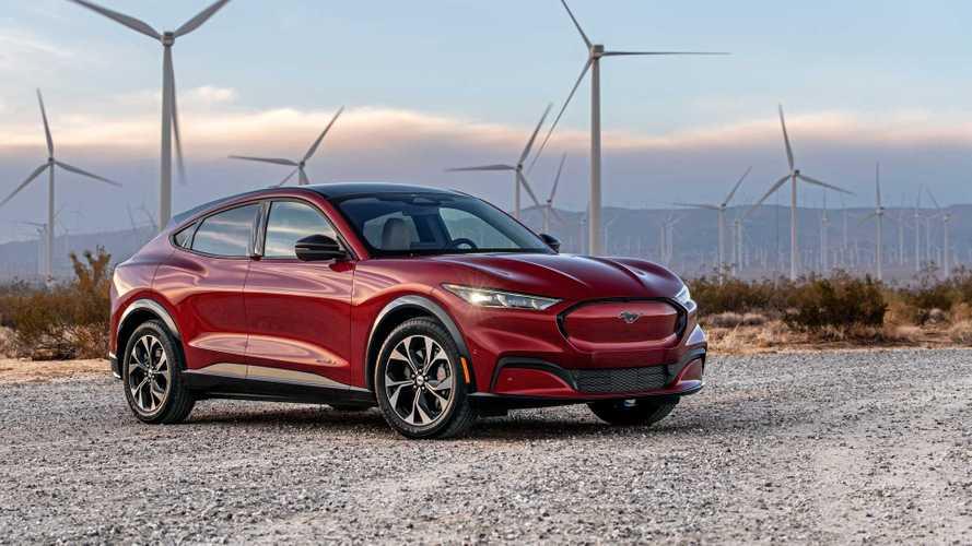 Ford, içten yanmalı Mustang'lerden çok Mach-E üretiyor!