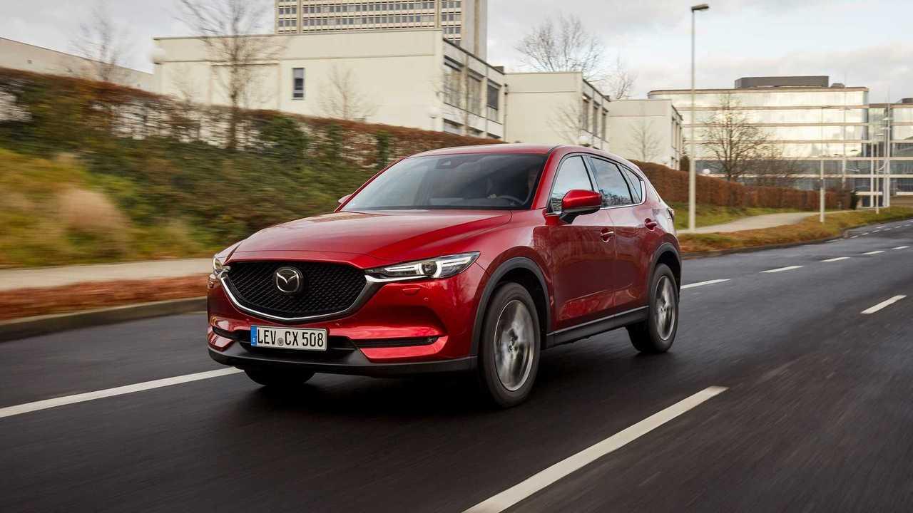 Mazda CX-5 (2021) in Soul Red Crystal