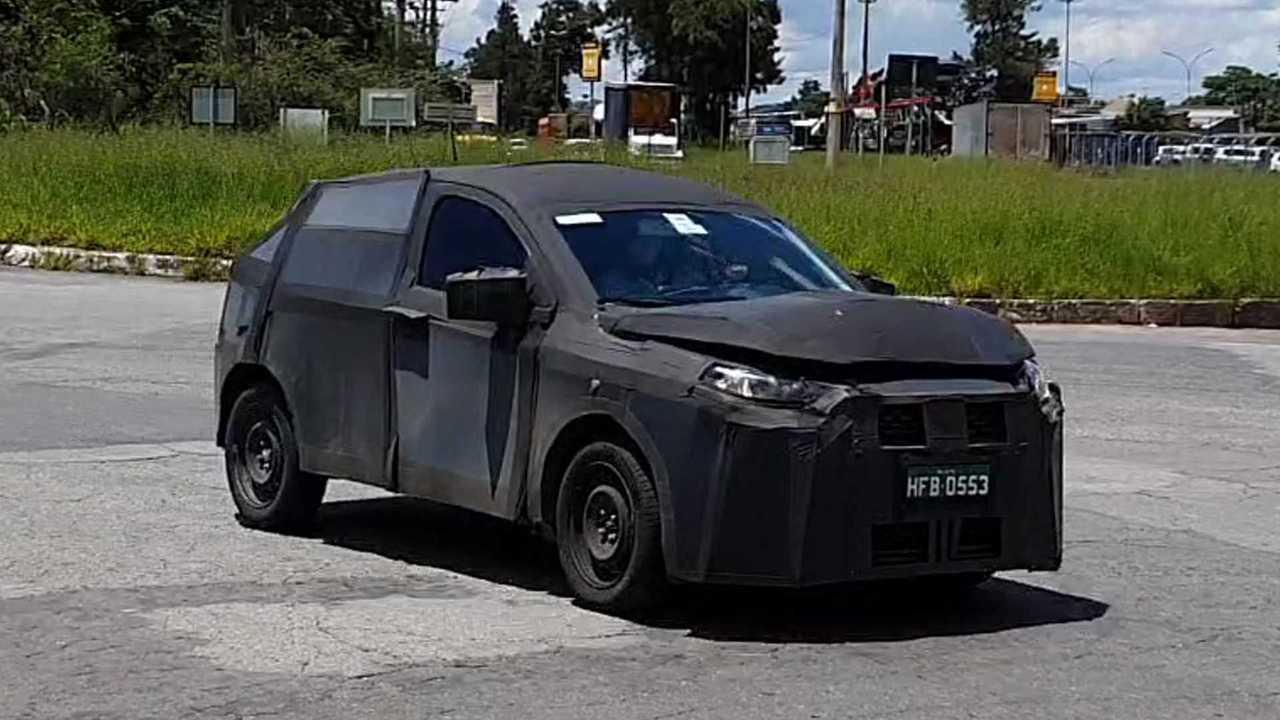 Fiat Argo SUV - Flagras mais atuais