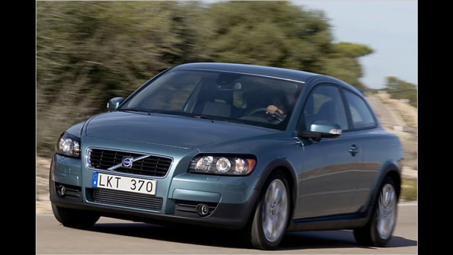 Volvo schenkt Neuwagenkunden bis zu vier Wartungen