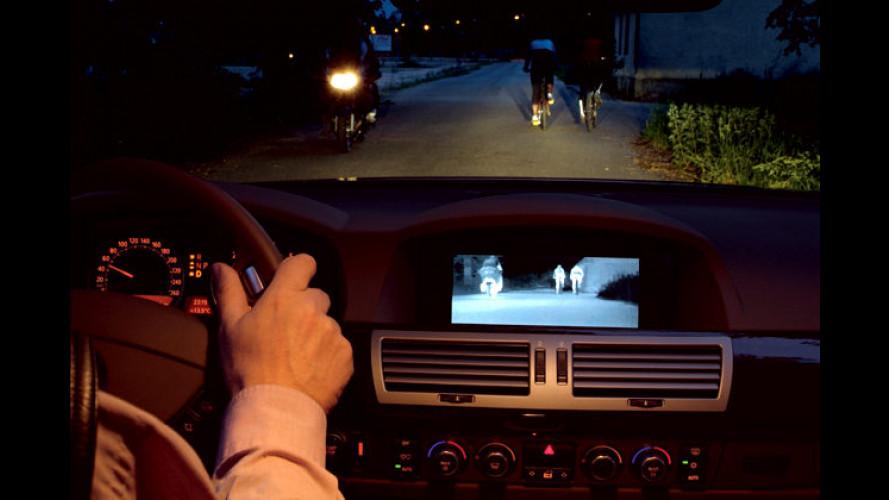 Besser sehen ohne Licht: BMW 7er mit Infrarot-Nachtsicht