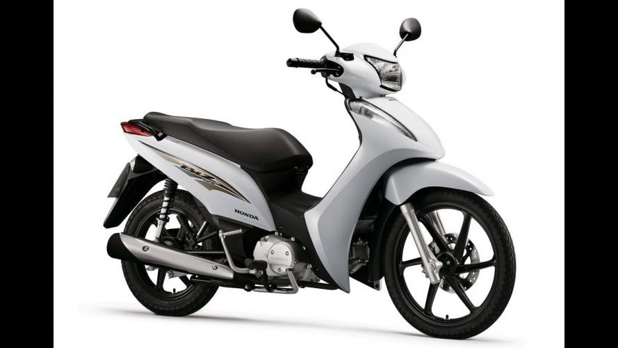 Atualizada, Honda Biz 125 linha 2016 chega por R$ 8.790