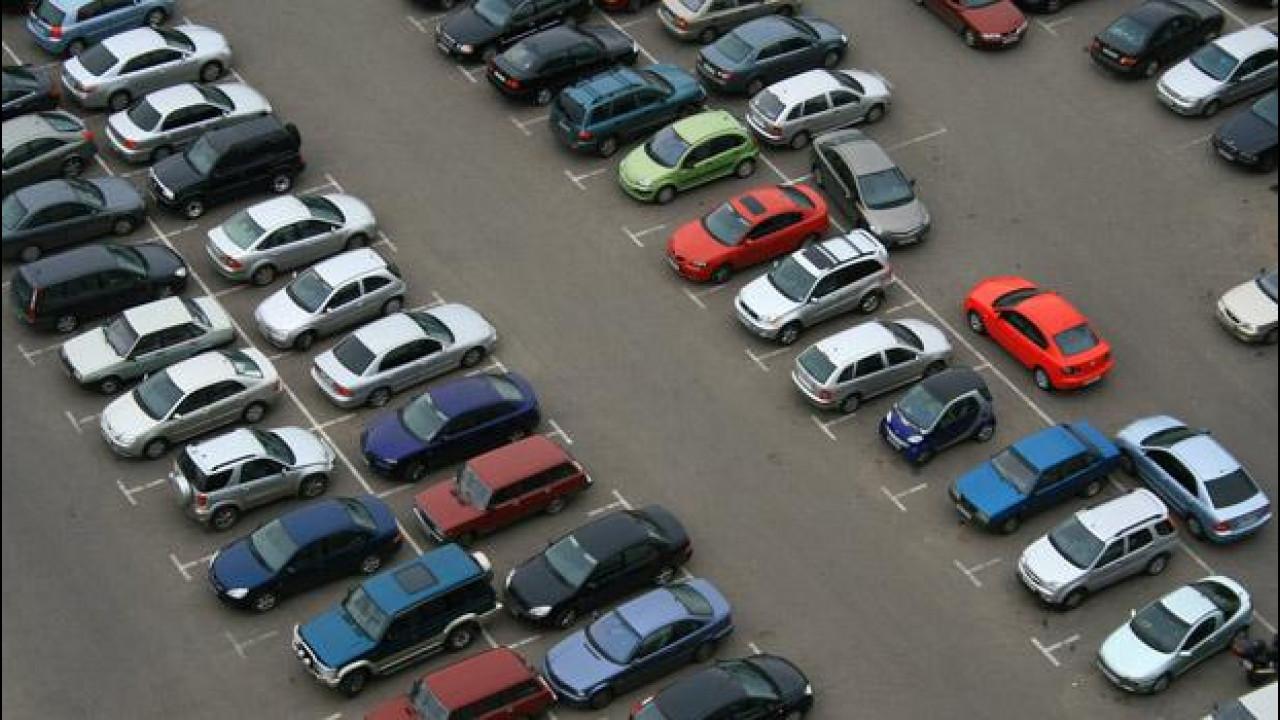 [Copertina] - Mercato auto: ottobre chiuderà a quota -5%