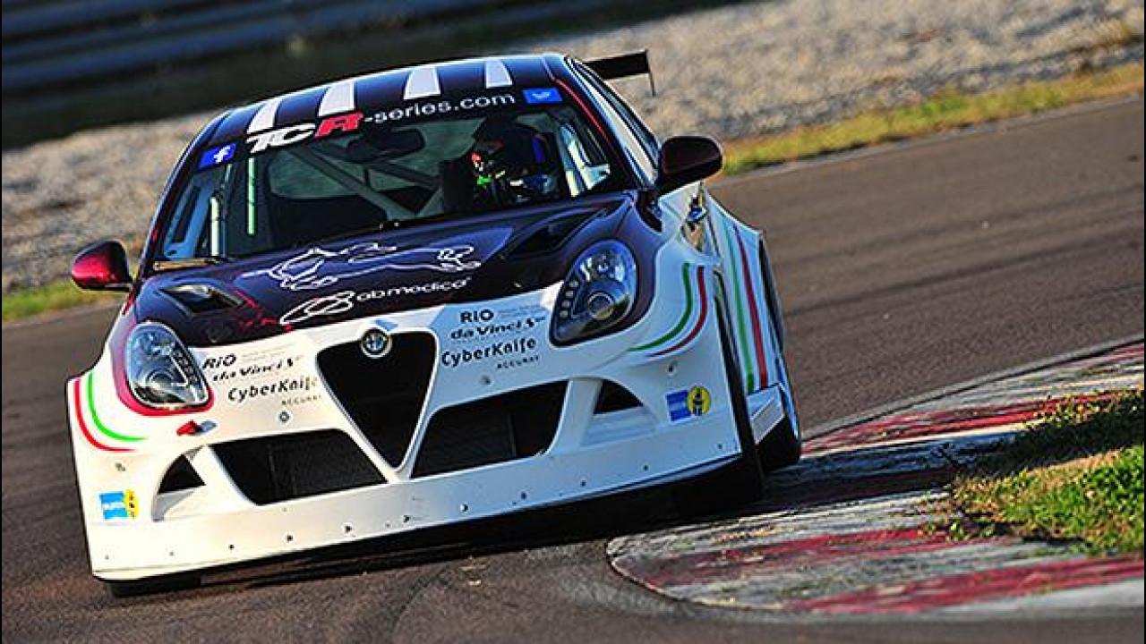 [Copertina] - Alfa Romeo Giulietta TCR Romeo Ferraris, il Biscione torna in pista