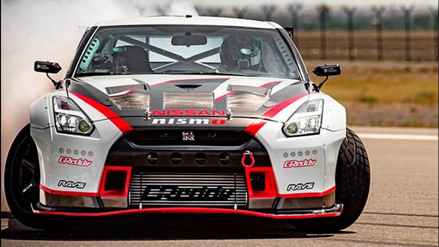 Nissan GT-R Nismo, derapata record a 304 km/h [VIDEO]
