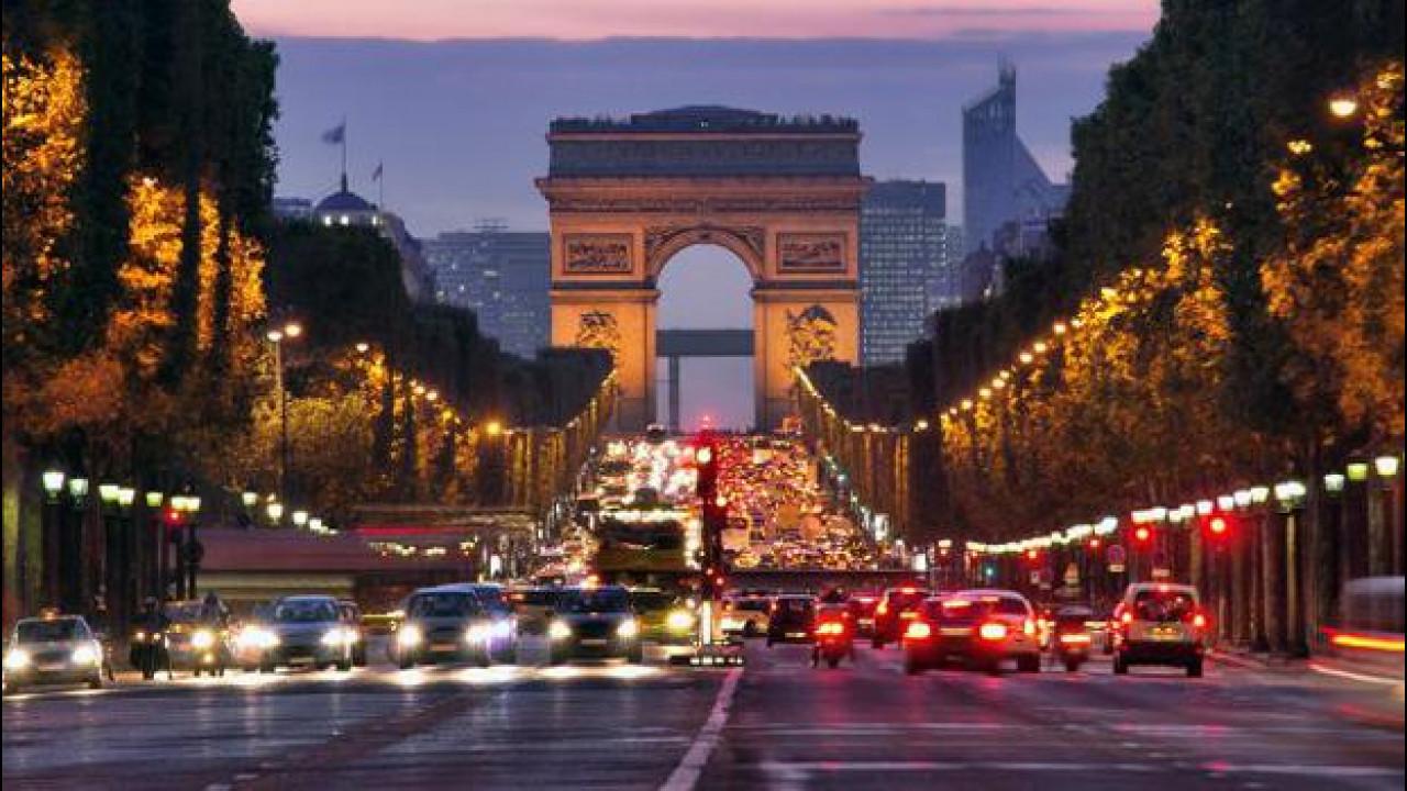 [Copertina] - Blocco dei diesel, quella di Parigi e Londra è una vera minaccia?