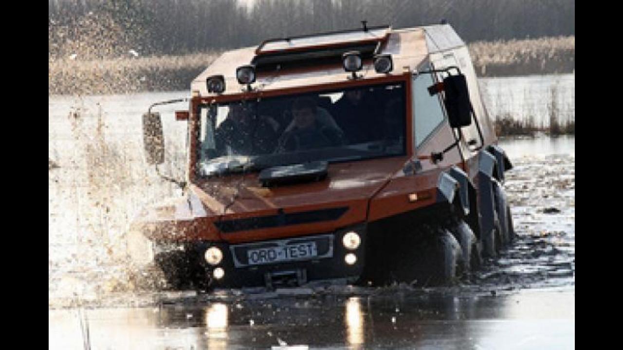 [Copertina] - Avtoros Shaman 8x8, l'autocarro anfibio