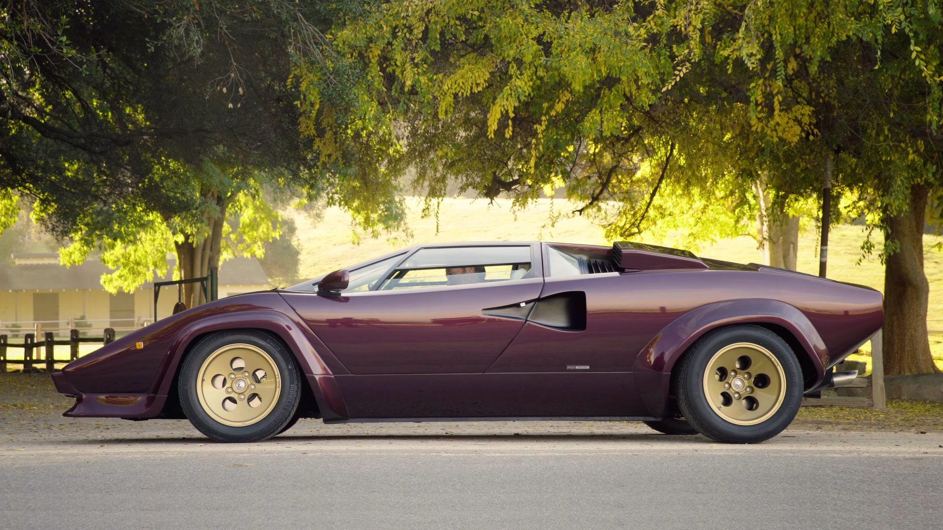 Countach Inspired Wheels Give Lamborghini Huracan Retro Makeover