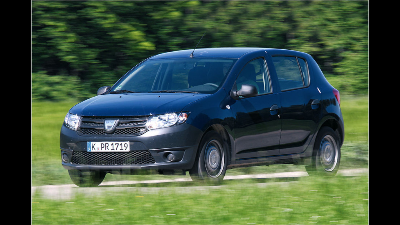 Dacia Sandero 1.2 16V, 73 PS: 6.890 Euro