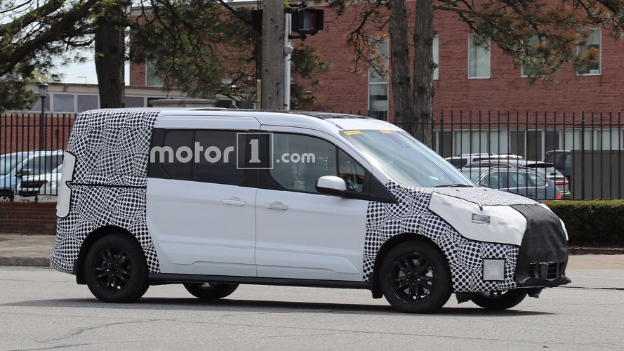 Ford Transit Connect facelift spy photos