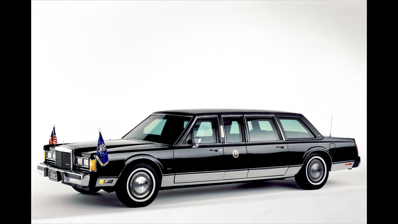 Ein weiterer Lincoln, diesmal aus dem Jahr 1989. Er diente George Bush zur Fortbewegung, dem Vater von George W. Bush.