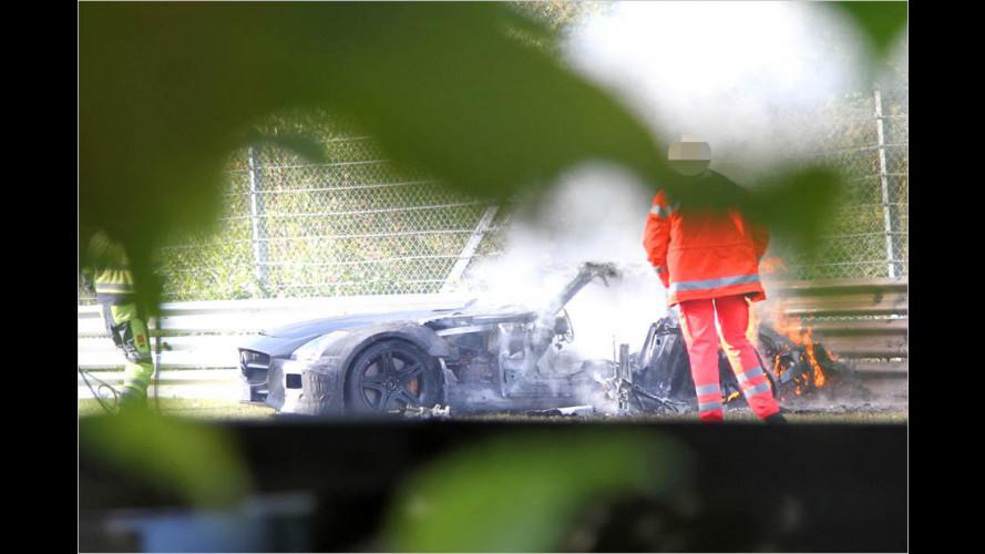 Erlkönig: Super-Mercedes brennt ab