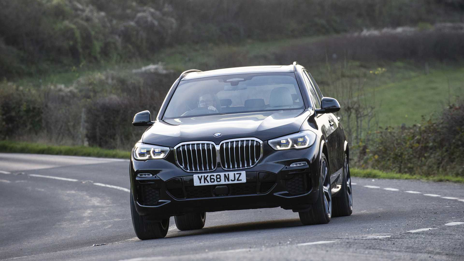 2019 Bmw X5 Arrives In The Uk Motor1 Com Photos