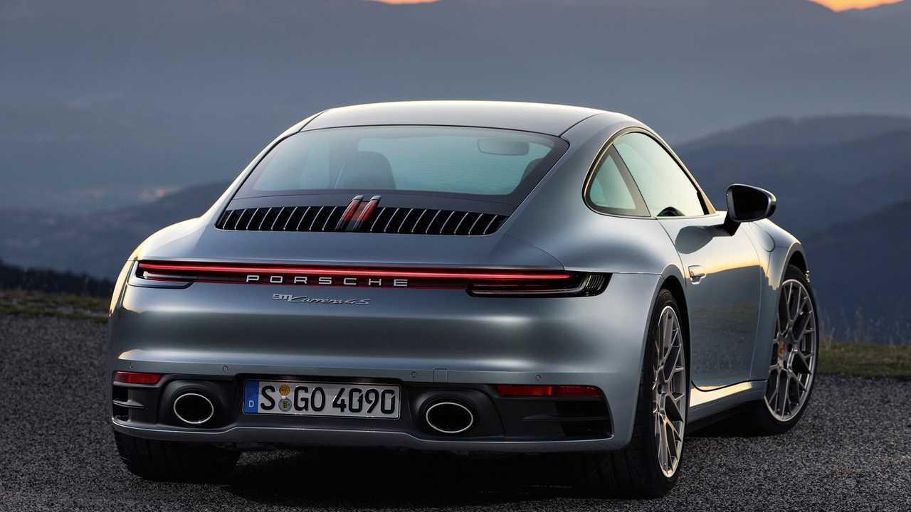 992 Porsche 911 Rear Profile