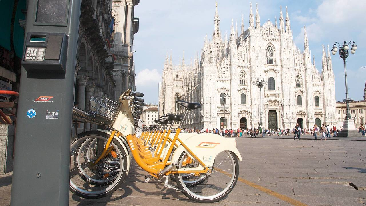 7. Piste ciclabili e bike-sharing