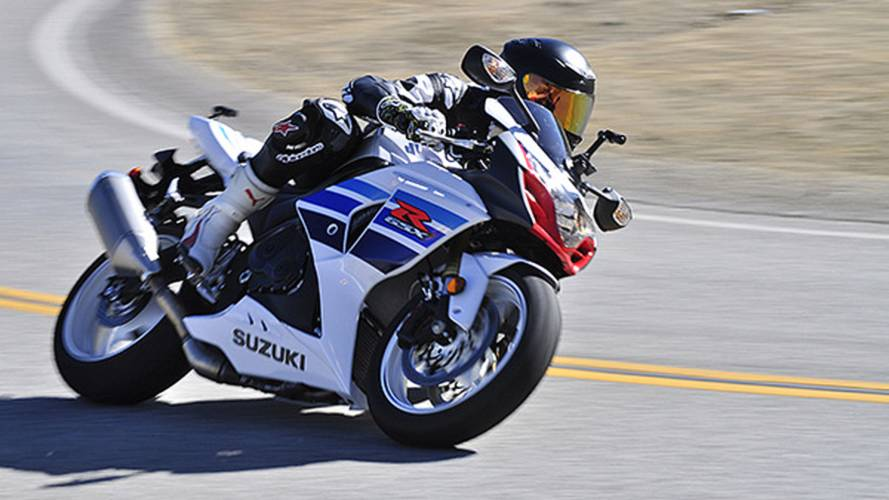 Suzuki Really, Really Wants You To Get Your Gixxer Serviced