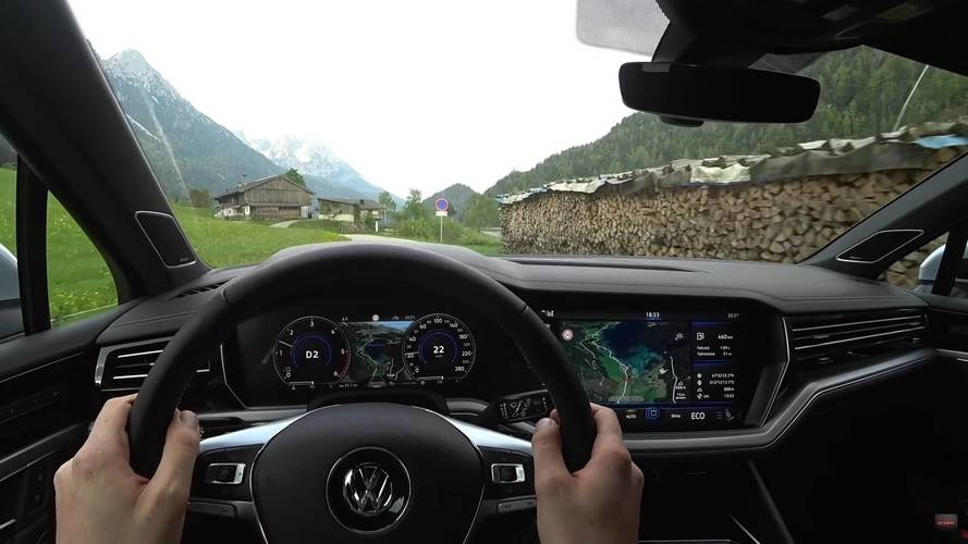 See What It's Like To Drive The New VW Touareg R-Line