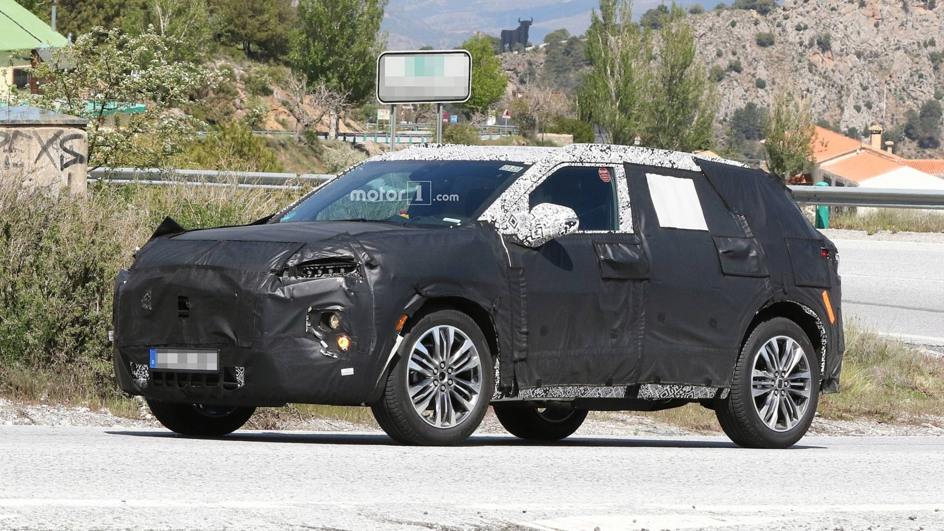 New Chevy Blazer >> New Chevy Blazer Spied With Production Cues