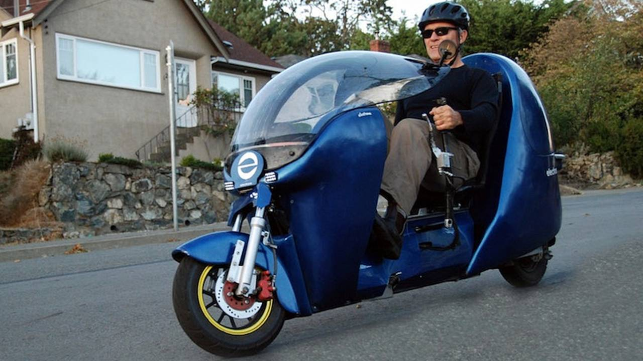Meet the Electrom: A Streamlined Electric Bicycle