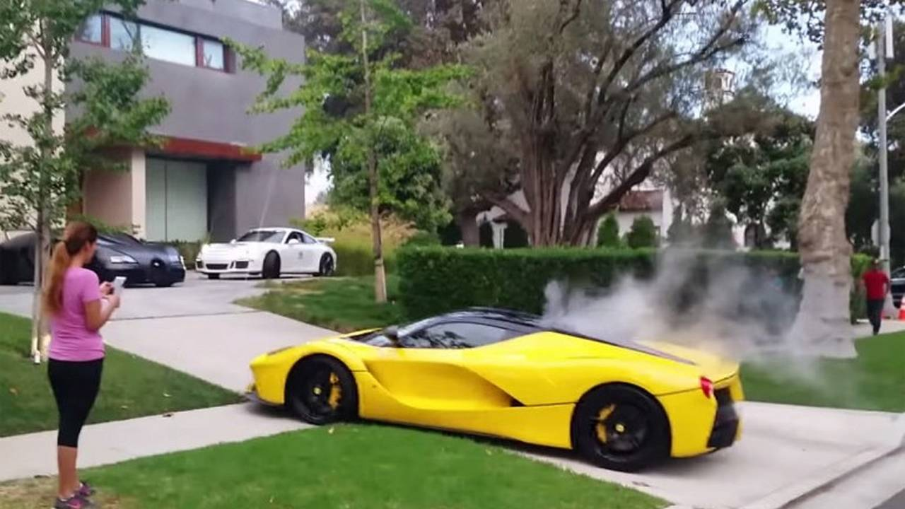 LaFerrari's Bizarre Drive through Beverly Hills Ends in Smoke