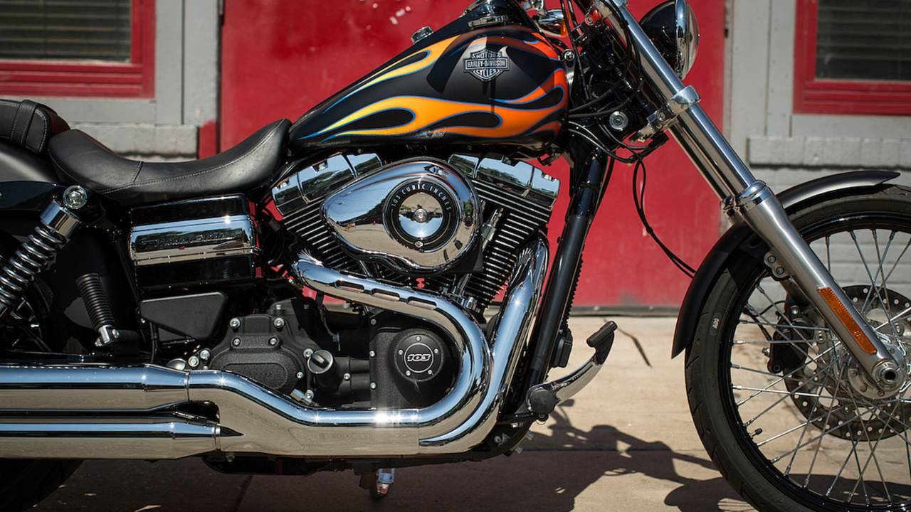 A Brief History Of Harley Davidsons Big Twins V Rod Engine Diagram 2017 Davidson Wide Glide Featuring The Twin Cam 103
