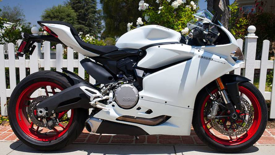 RideApart Review: 2016 Ducati 959 Panigale