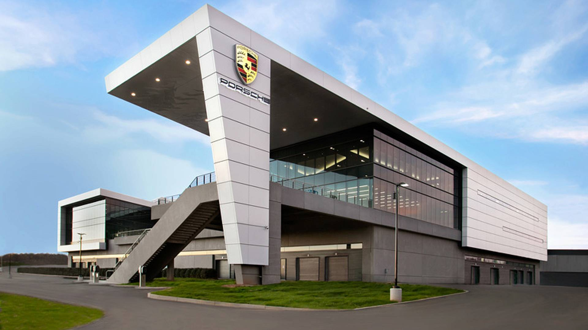Porsche Experience Center >> The All New Porsche Experience Center 8 Reasons Why You Must