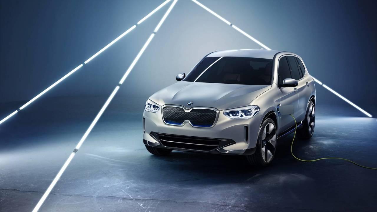 BMW iX3 konsepti