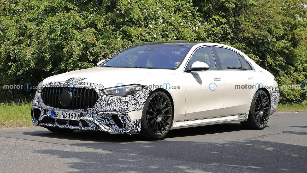 Der neue Mercedes-AMG S 63e Plug-in-Hybrid mit deutlich weniger Tarnung