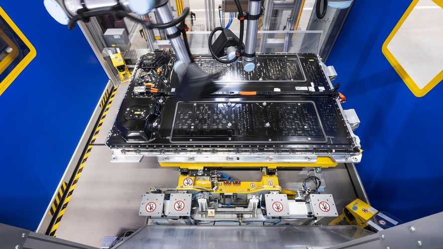 Production Of Mercedes-Benz EQS Battery Systems