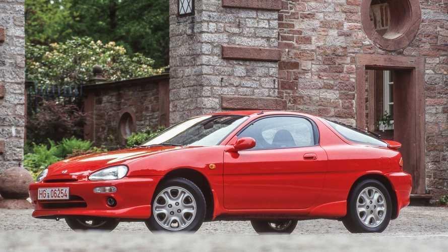 Mazda MX-3, el pequeño coupé japonés con motor V6