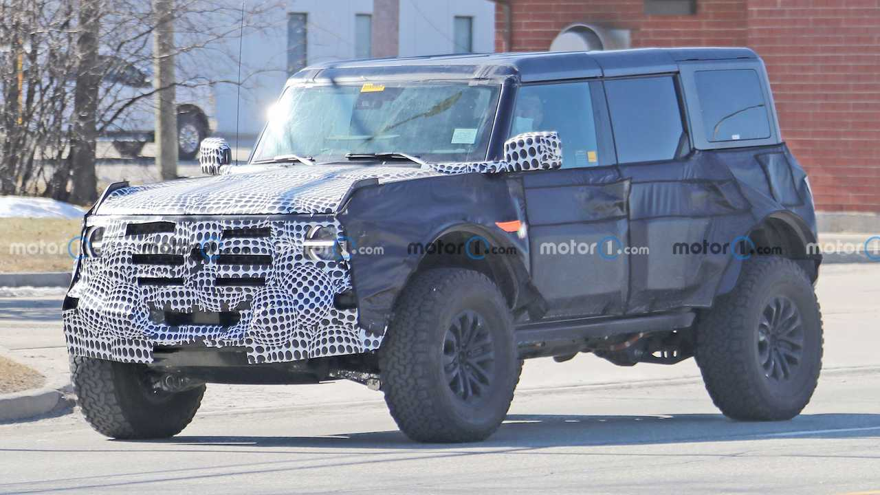 A spy shot captured a test version of the high-performace off-road version of the Ford Bronco, possibly called Warthog.