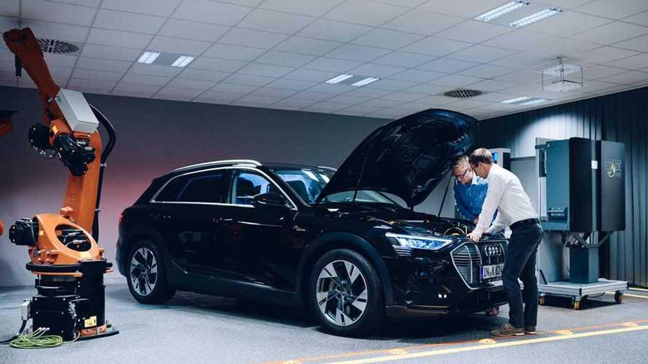 Hager Bidirektionales Laden Audi e-tron