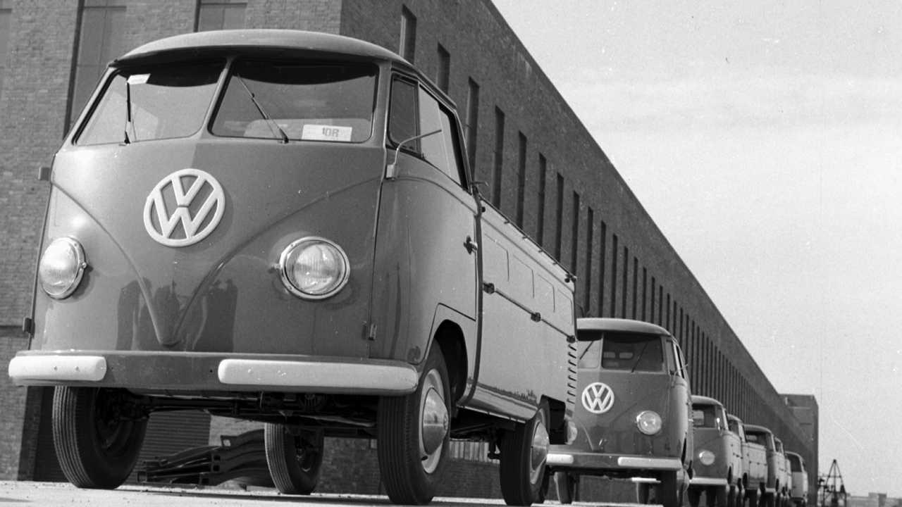 Volkswagen Bulli - La fabbrica di Hannover - la produzione negli Anni '50