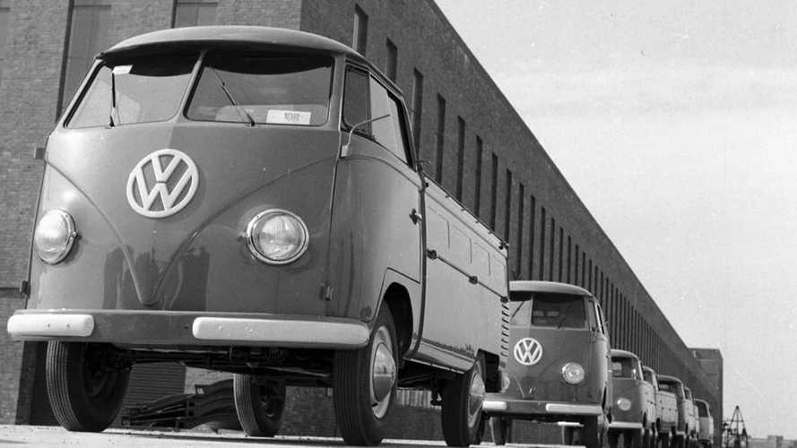 VW Bulli, 65 anni fa il primo esemplare costruito ad Hannover