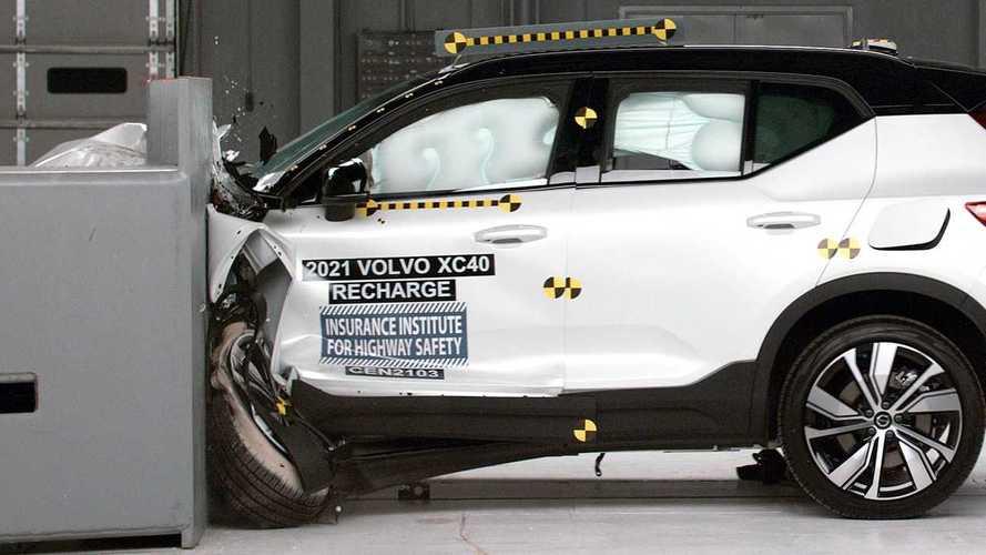 Volvo XC40 elétrico - teste de segurança IIHS