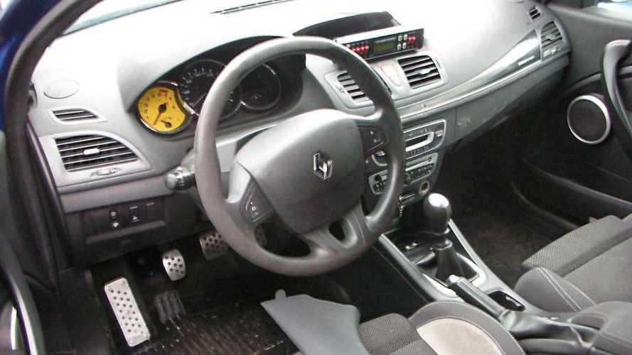 Renault Mégane R.S. de la Gendarmería a subasta