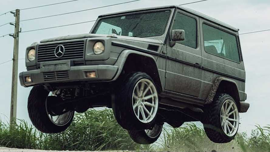 Watch An Old Three-Door Mercedes G-Class Go Airborne