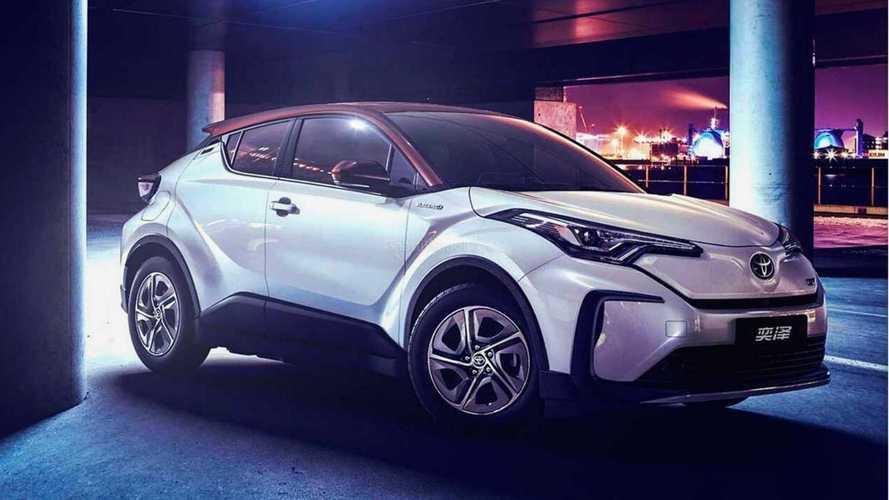 Toyota C-HR elétrico é lançado na China com 400 km de autonomia